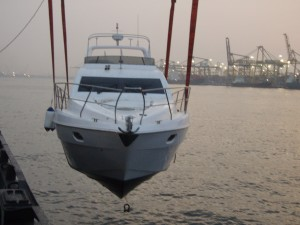 yacht-trans-lines_boat-transport