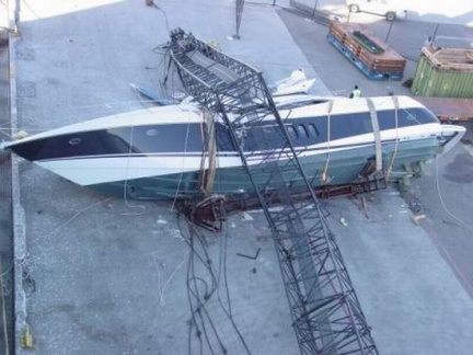 yacht-ship-accident-3